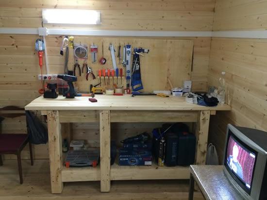 Рабочий стол в мастерскую